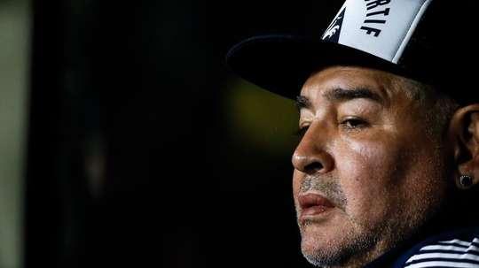 Maradona e sua triste história com a cocaína. EFE/ Juan Ignacio Roncoroni