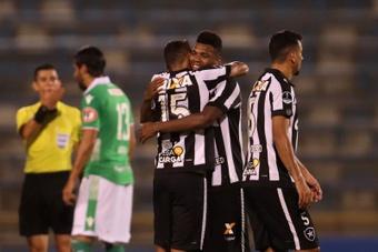 Botafogo encerra com chave de ouro uma semana perfeita. EFE