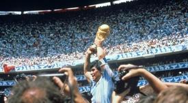Así se puede resumir la vida de Maradona en seis claves. EFE