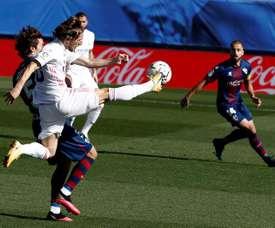 Luka Modric has had a change of status at Real Madrid. EFE