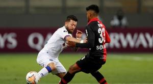 Bahía y Melgar disputan una eliminatoria pareja. EFE