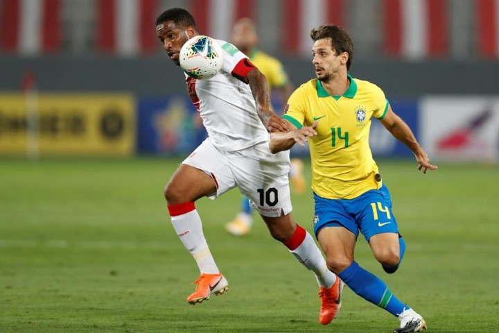 Com lesão de Thiago Silva, Rodrigo Caio é convocado para à Seleção. AFP