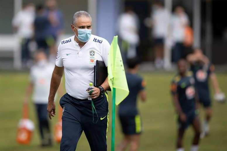 Com Tite criticado, seleção brasileira tem melhor início de Eliminatória em quase 40 anos.  EFE