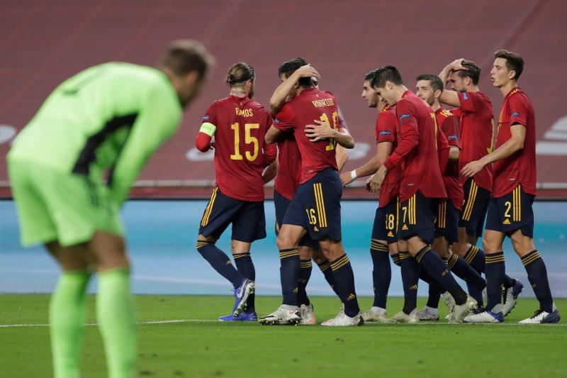 España, celebrando un gol ante Alemania