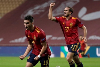 Ferran Torres ya suma diez goles en los 20 partidos que ha disputado. EFE