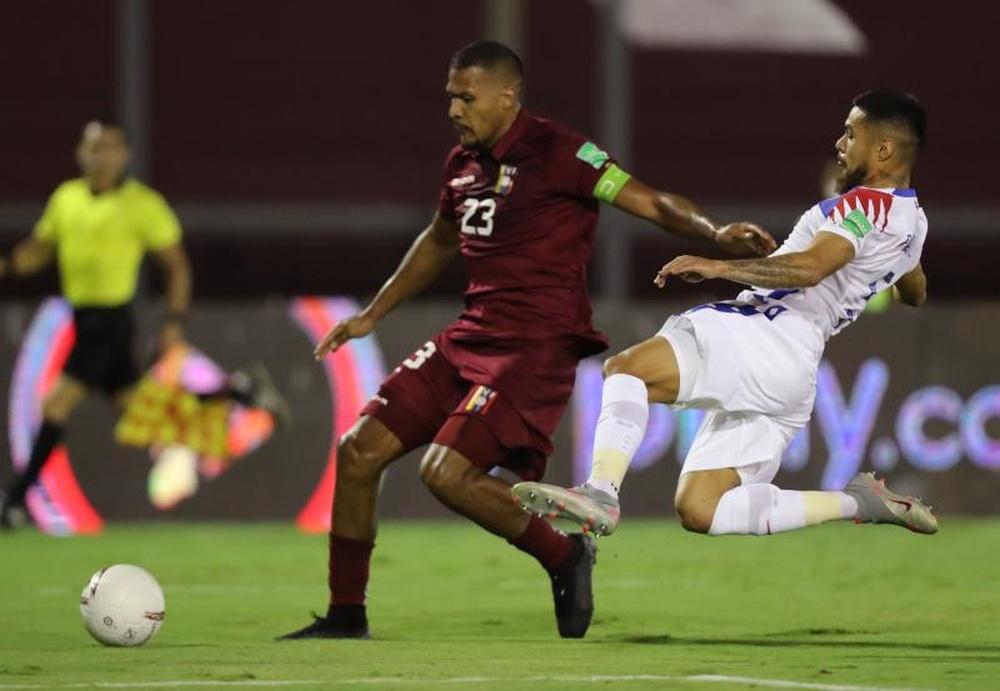 Rondón podría jugar en la Liga Turca. EFE