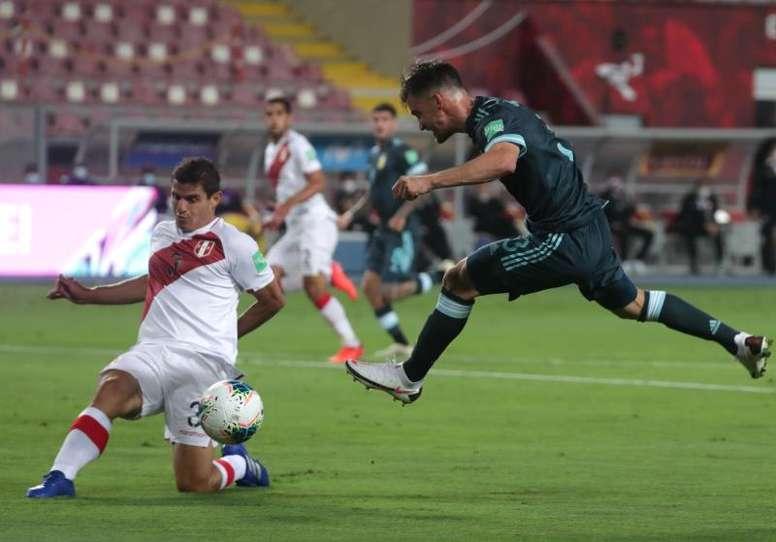 Peru 0-2 Argentina: Gonzalez and Martinez ensure Albiceleste stay unbeaten in qualifying. EFE