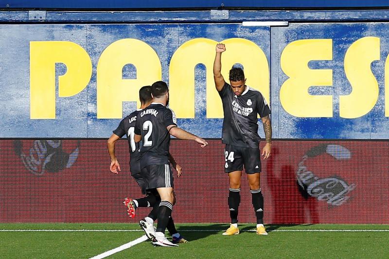 Mariano celebra el gol al Villarreal