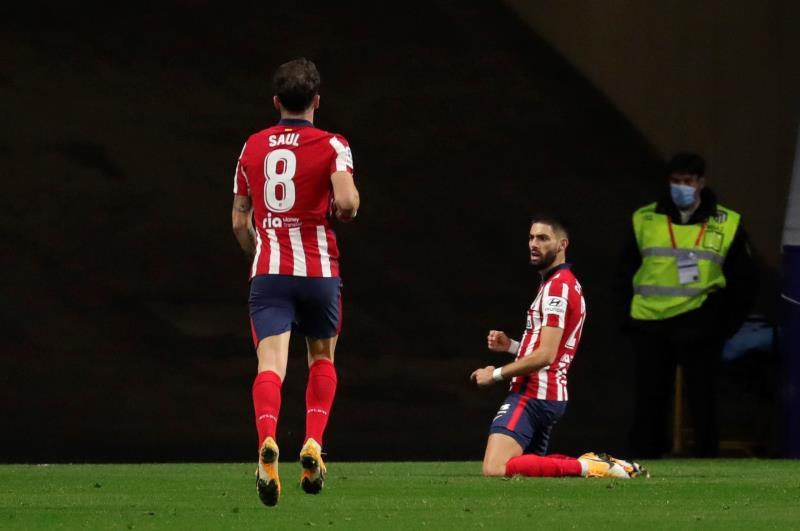 Carrasco celebra su gol al Barça
