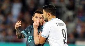 Suarez preoccupato per Messi. EFE
