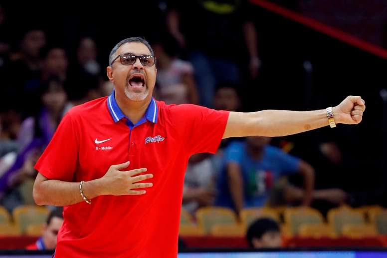 En la imagen, el entrenador de la selección de Puerto Rico, Eddie Casiano. EFE/Juan Carlos Hidalgo/Archivo