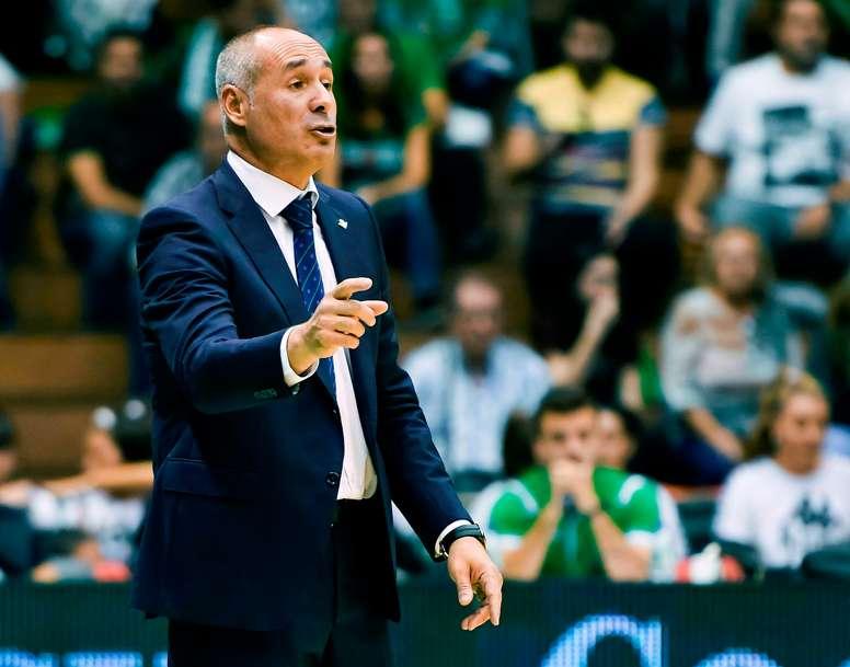 El entrenador Curro Segura. EFE/Raúl Caro Cadenas/Archivo