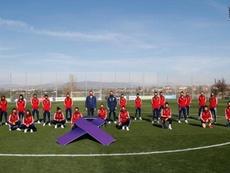 La Selección se 'viste' de morado contra la violencia de género. EFE