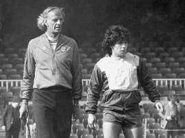 Menotti dirigió a Maradona. EFE