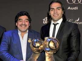Falcao recordó el cariño y la cercanía que le tenía Maradona. EFE/Archivo