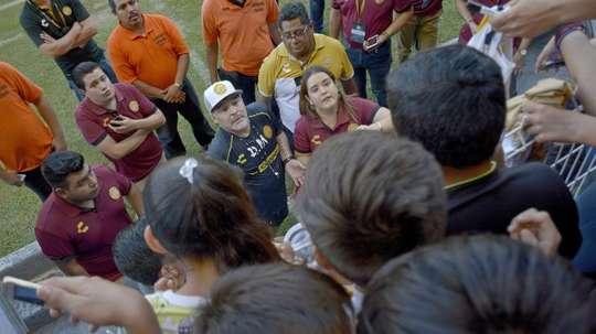 Maradona entrenó en México antes de regresar a Argentina. EFE