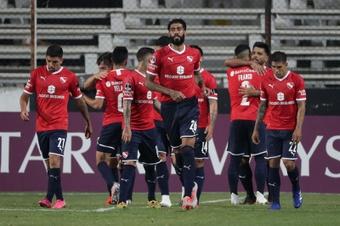 Independiente calma los ánimos del club con un asado de por medio. EFE