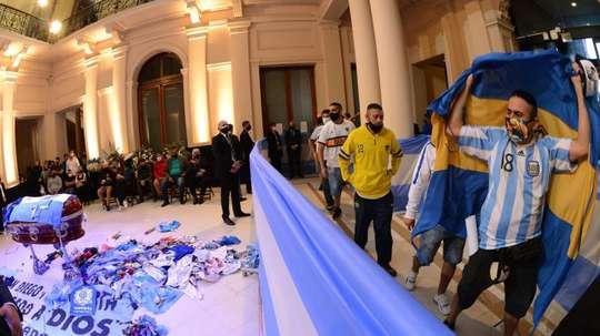 Cruyff, triste mais reconnaissant envers Maradona. EFE