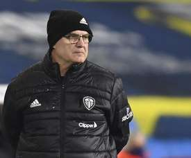 Bielsa lamentó la muerte de Maradona. EFE