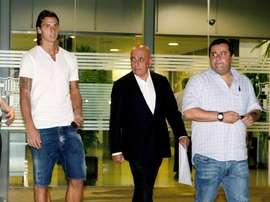 Raiola atizó a la FIFA. EFE/Archivo