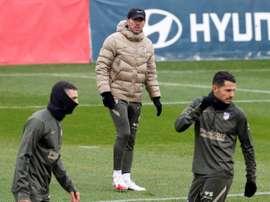 El Atlético se entrenó sin Oblak bajo palos. EFE