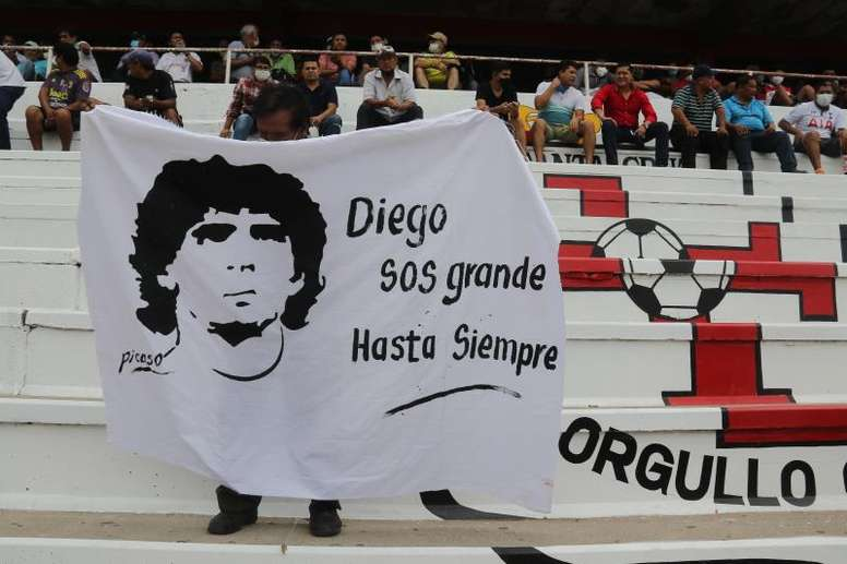 Diego Maradona dies: Gimnasia win first match since death of iconic coach. efe