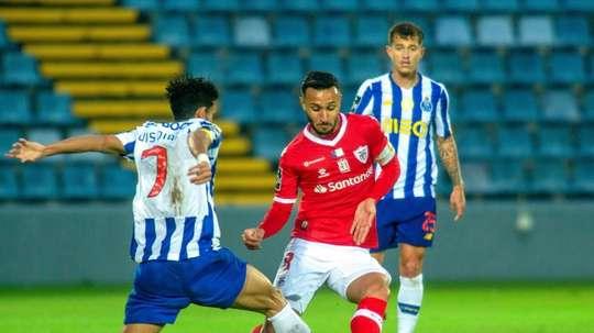 El Oporto aguanta a duras penas el ritmo infernal del Sporting en Portugal. EFE/EPA