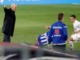 Zidane não conseguiu explicar a derrota para o Alavés. EFE/Chema Moya