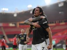 Cavani hizo una asistencia y dos goles para remontar. EFE