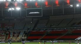Maracaná guardó un minuto de silencio con doble dedicatoria. EFE