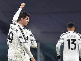 La Juve cumple en la noche redonda de Cristiano. EFE/Alessandro di Marco