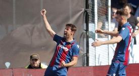El Levante goleó 3-0 al Getafe. EFE