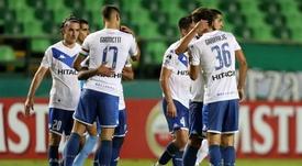 Vélez ganó la final de la Zona Complementación. EFE