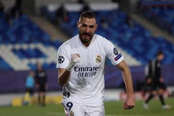 Benzema es el tercer máximo goleador de cabeza de la Champions. EFE