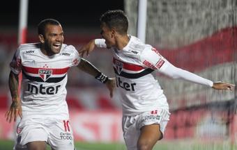 Sao Paulo rescindió el contrato de Dani Alves al no poder pagar su sueldo. EFE