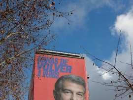 Laporta dit adieu à son affiche près du Bernabéu. AFP