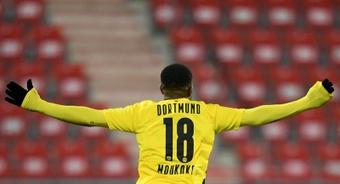 Moukoko calls for more minutes at Borussia. EFE