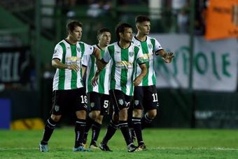 Banfield selló su billete para la Copa Sudamericana 2022. EFE