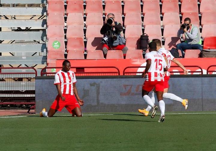 Spartak de Moscú y Eintracht de Frankfurt han mostrado interés por el atacante Umar Sadiq. EFE