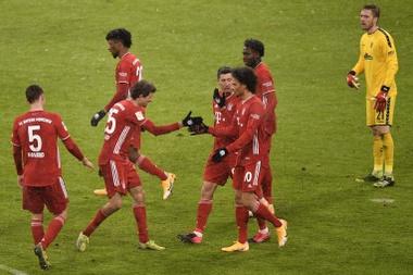 Müller et Lewandowski font le job dans une période compliquée. EFE