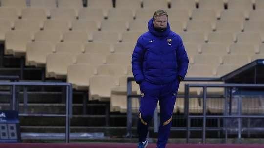 Ronald Koeman prend la défense de Leo Messi. EFE