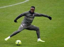 Moussa Dembelé é novidade na lista do Atlético de Madrid. EFE/Juan Carlos Hidalgo