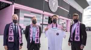 Beckham presentó a Neville y le dio total confianza. EFE/InterMiami