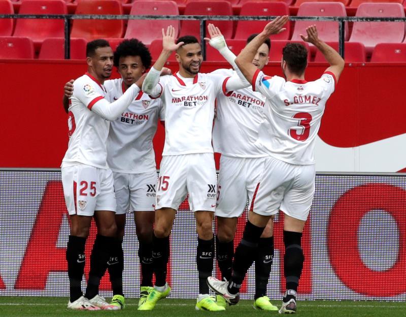 El Sevilla venció con claridad al Cádiz en el Pizjuán