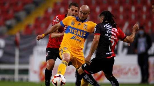 Alarm at Tigres: Carlos González doubt for Club World Cup. EFE