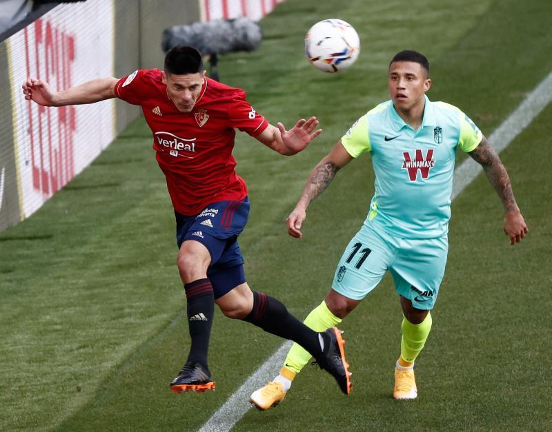 Osasuna venció al Granada en El Sadar