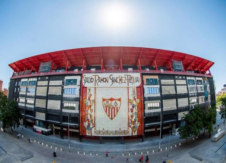 El Sevilla rememoró su Copa del Rey de 2007. EFE/Raúl Caro/Archivo