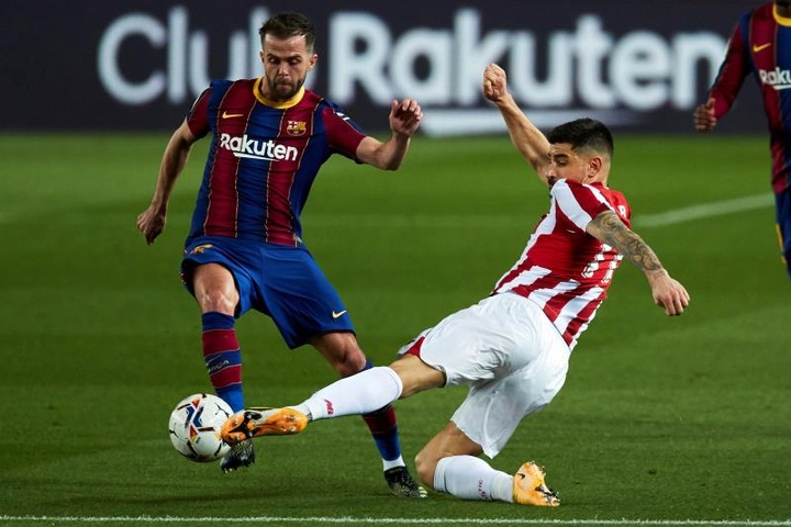 El Barça confía en colocar a Pjanic en Rusia o Turquía. EFE/Archivo