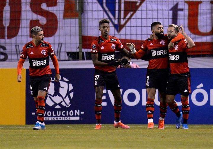Flamengo aguarda proposta do Atlético de Madrid por Muniz. AFP