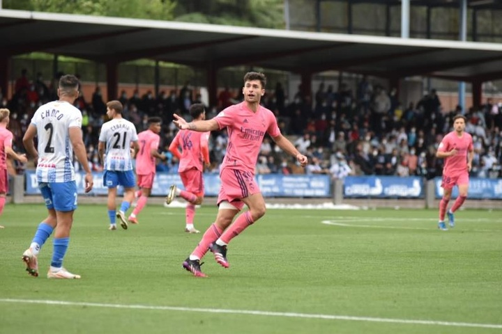 El Castilla remontó y se clasificó para el 'play off'. EFE